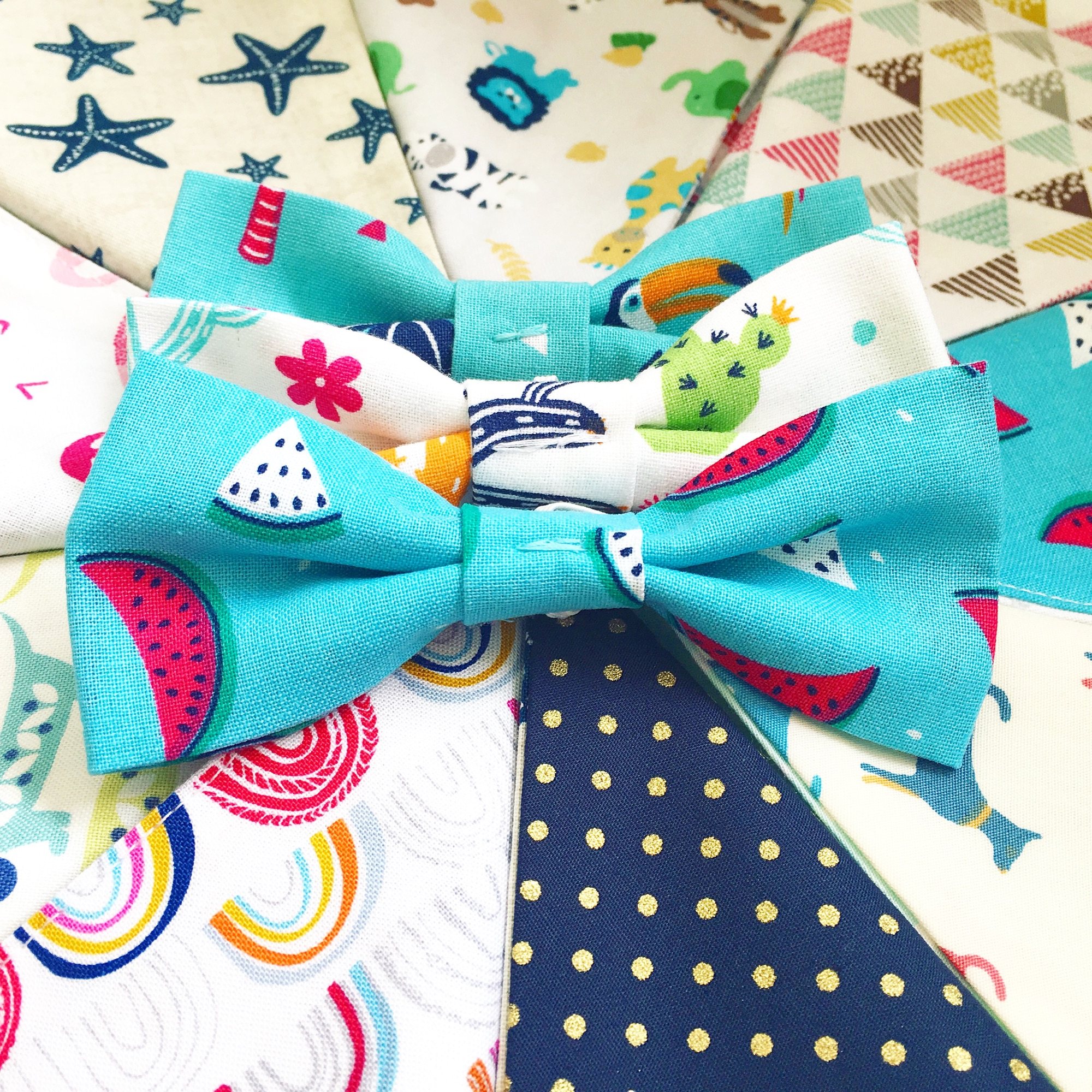 Read all about Tommi's new dog bow ties in his blog