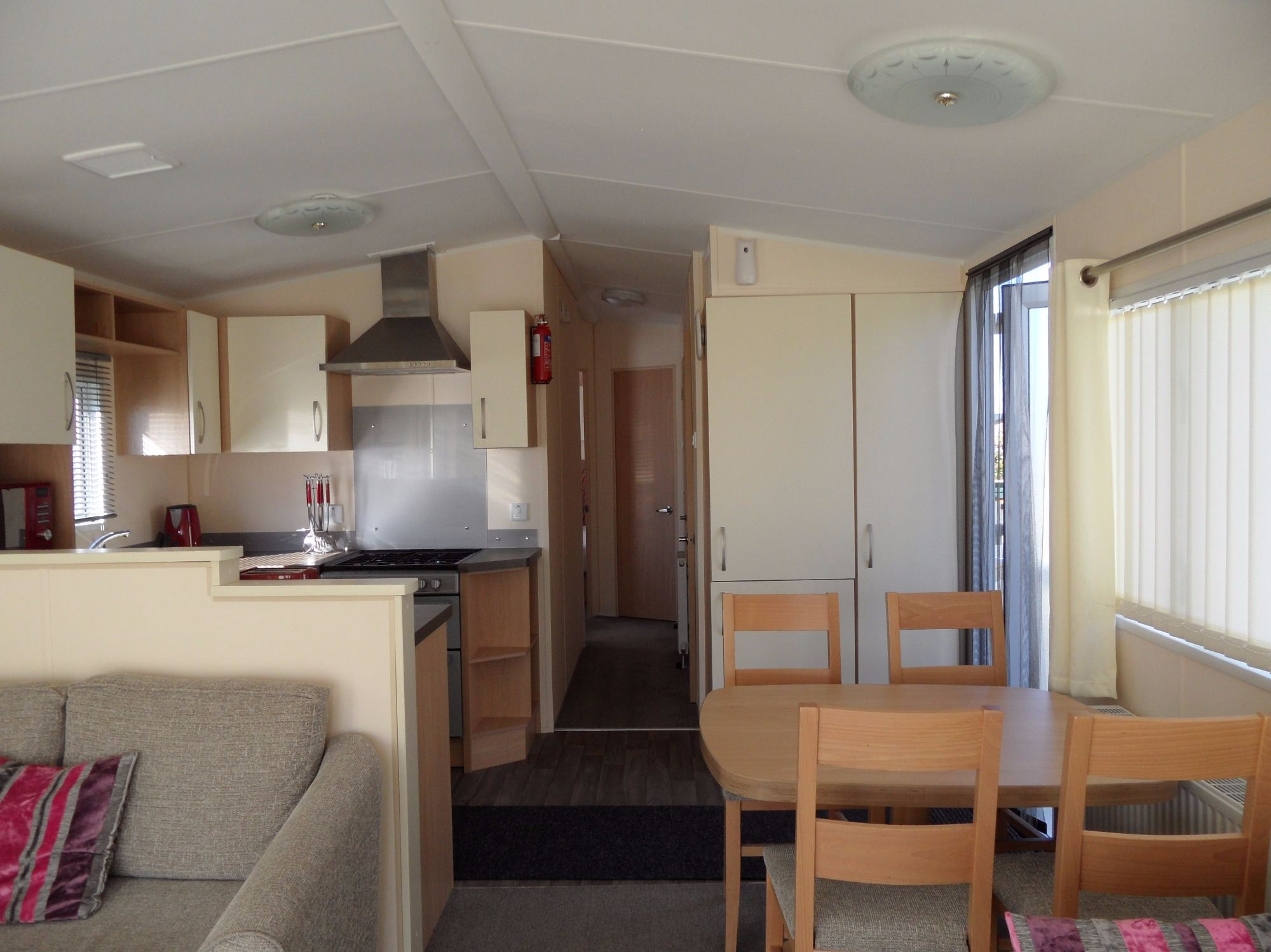 3 bedroom, 8 berth caravan rental Butlins Skegness