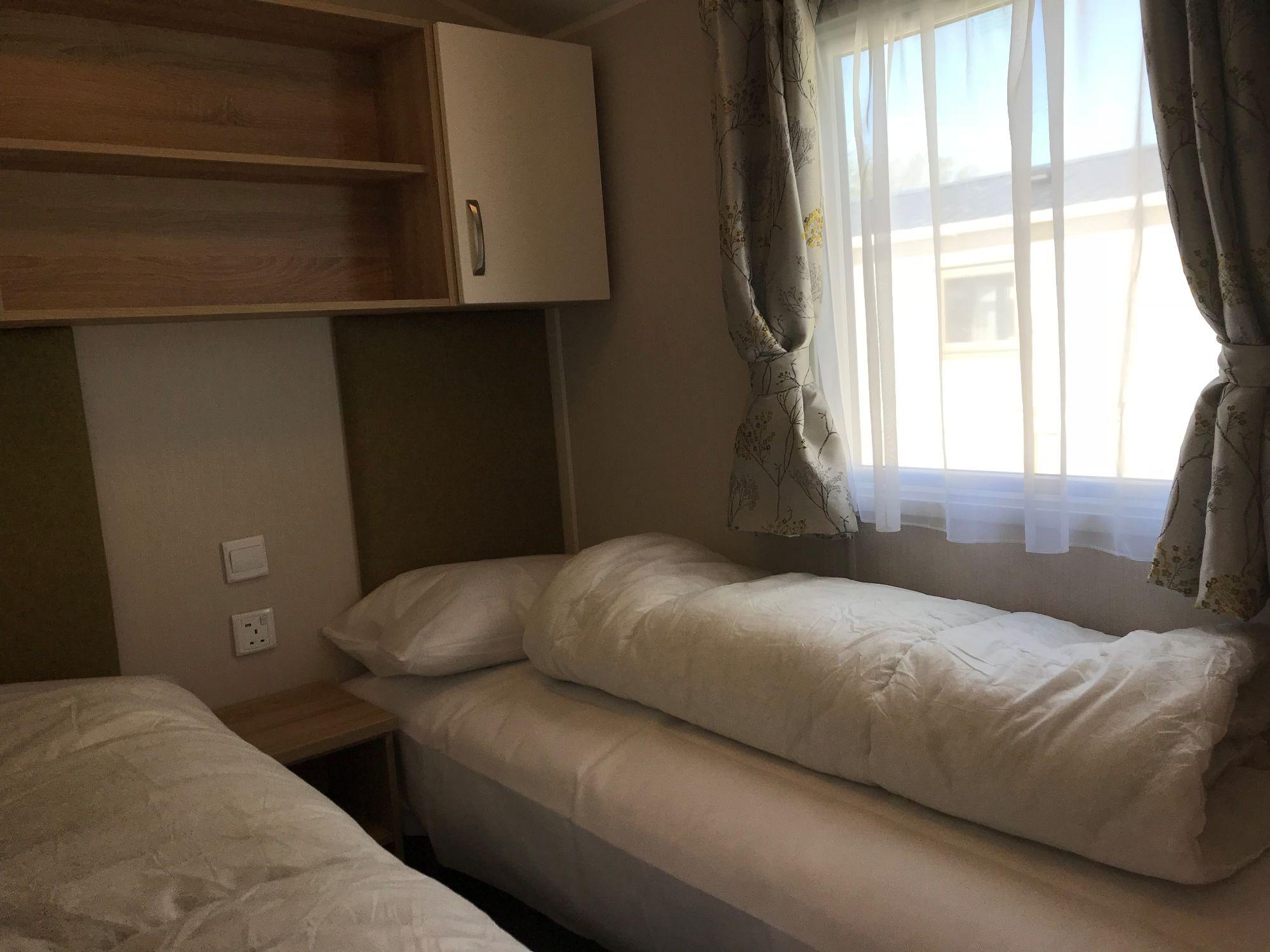 3 bedroom caravan hire butlins