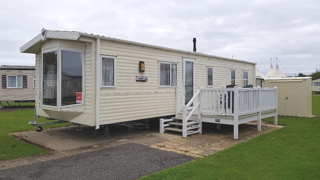 Butlins 3 bedroom 8 berth caravan for hire