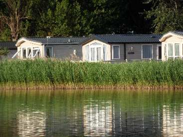 bordeaux caravan Lakeside crescent butlins minehead