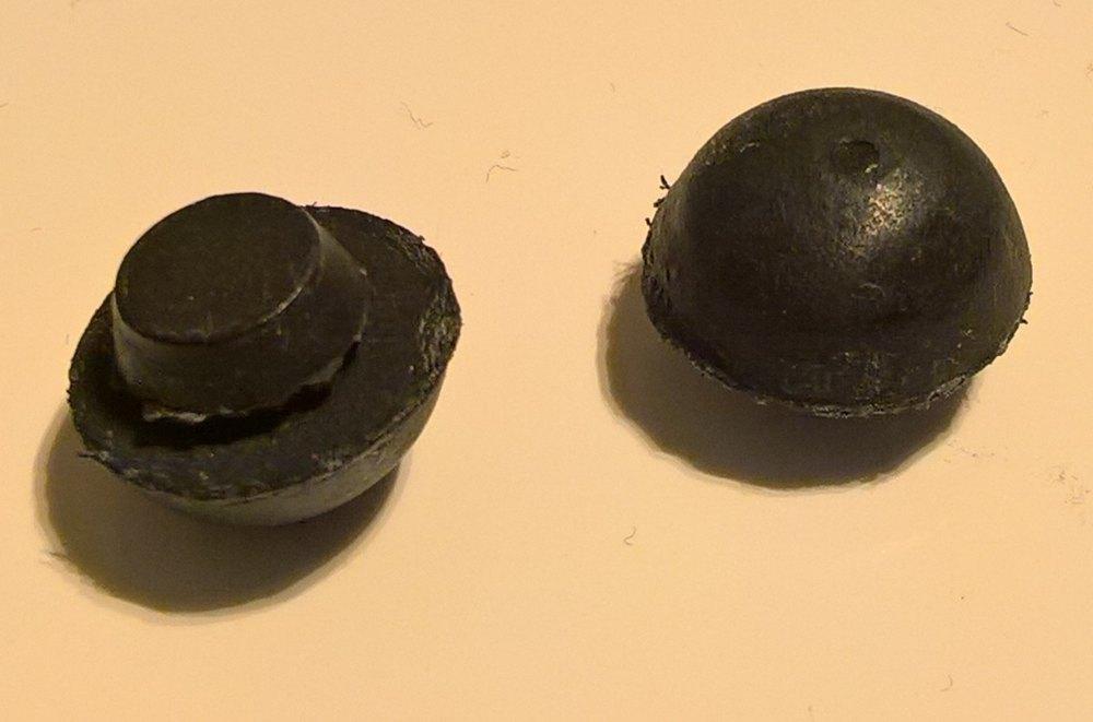 """73198 - Grommet, Mushroom Head, 5/16"""" Hole"""