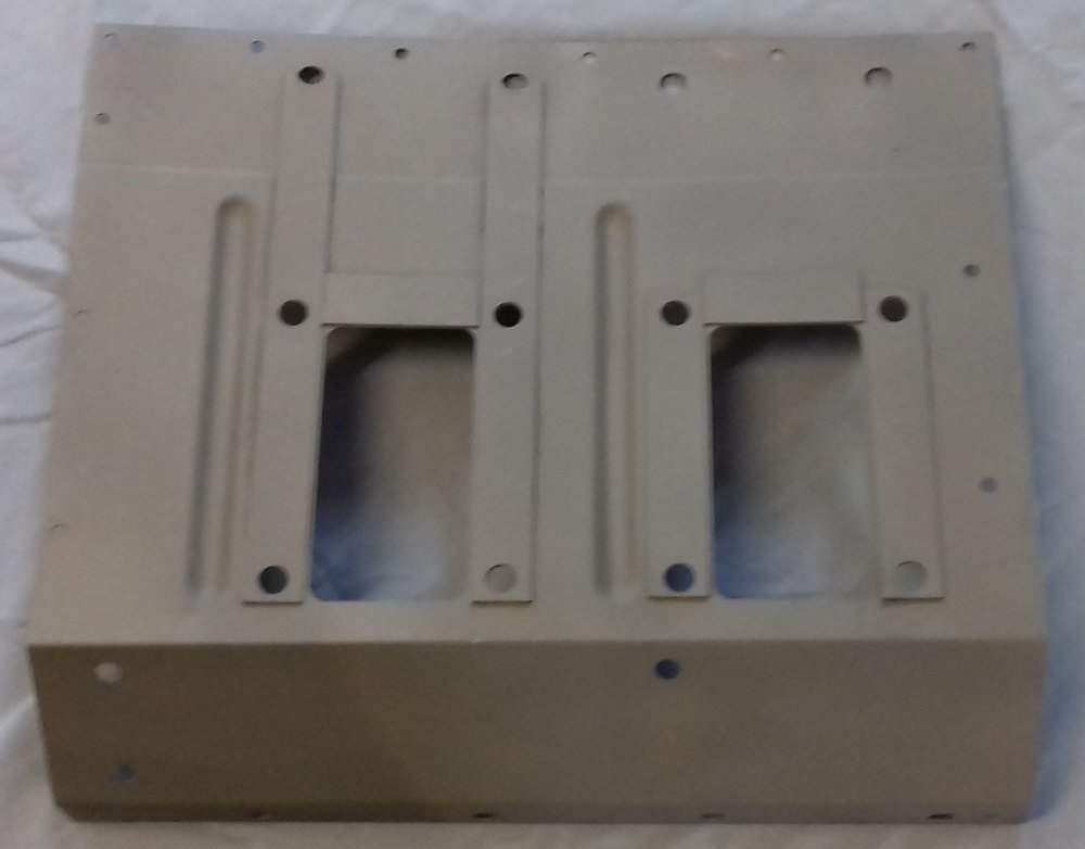 338085 - Plate for Pedals, LHD, upto vehicle suffix 'F'