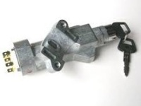 QRF 500110 - Steering Lock and Ignition Switch Assembly, 90/110, All Petrol, TDi and TD5 models only