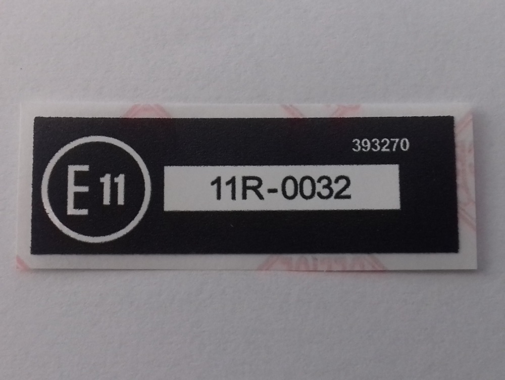 393270 - Label, E11, 11R-0032, UK, Front Fog Lamps compliance