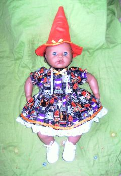 Dolls halloween dress and witches hat to fit Annabell doll and most 18 inch baby dolls