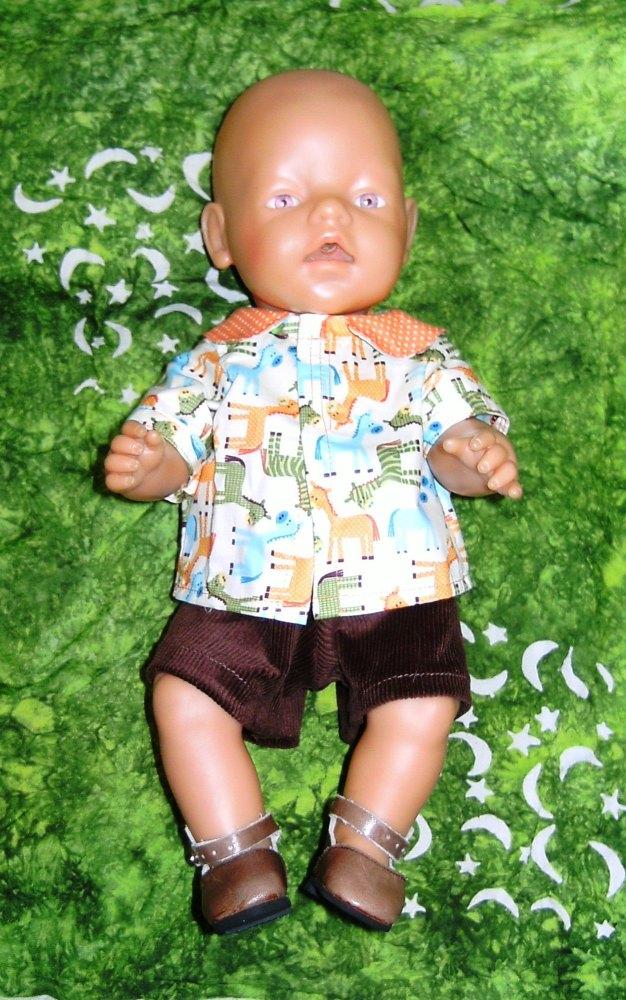 Doll's shirt and shorts