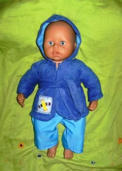 Doll's Bathrobe to fit George doll