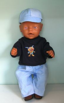 Doll's swearshirt, jeans and baseball cap set