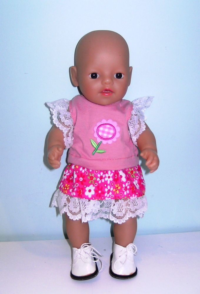 Doll's skirt and top set