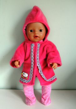 Doll's bathrobe for a 12 inch high baby doll
