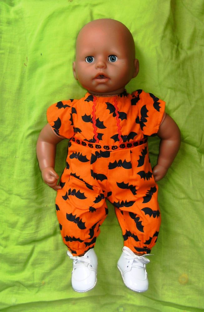 Doll's Halloween All-in-one to fit the 18 inch high George doll