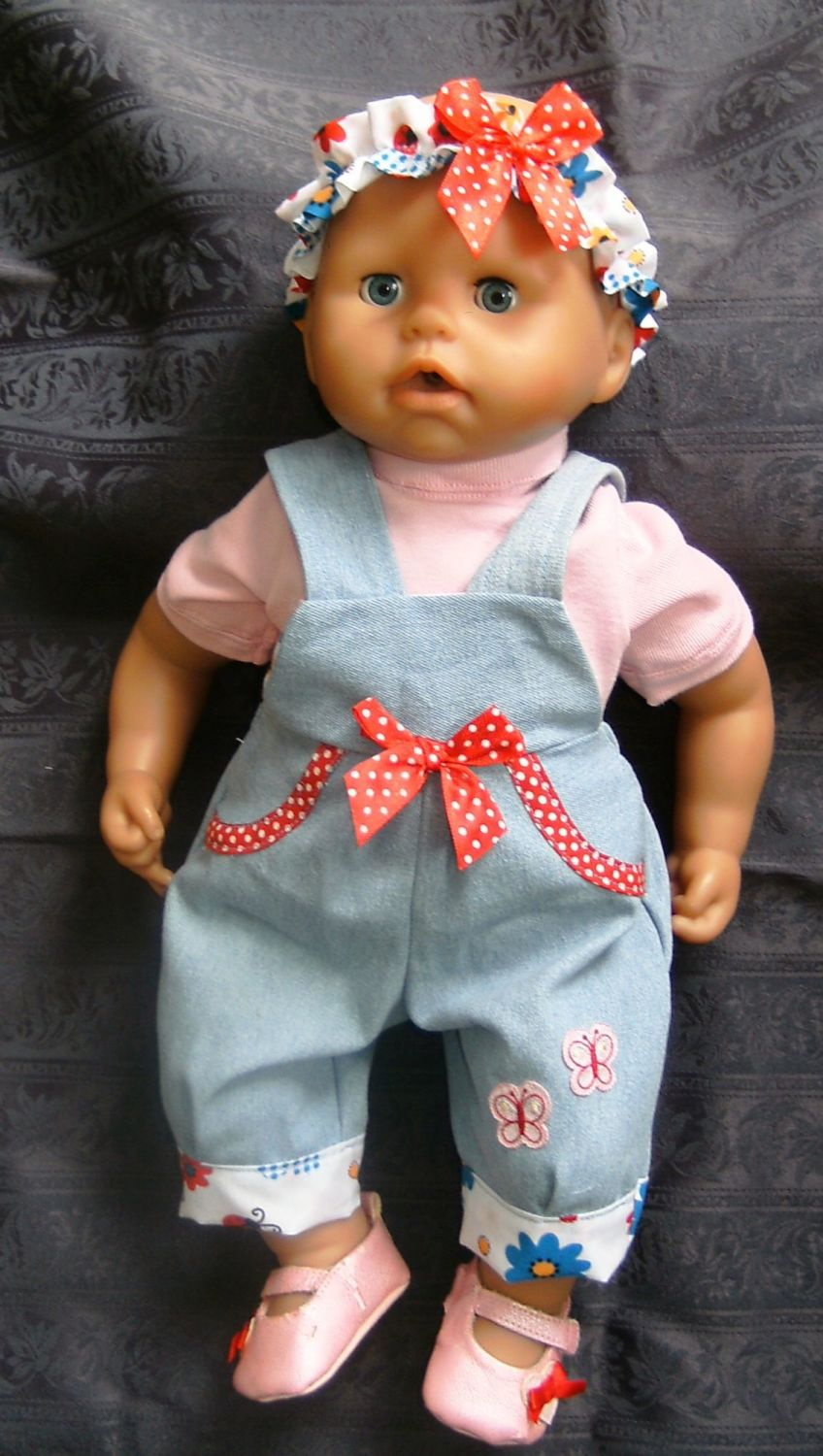 Doll's rompersdungaree set made to fit the 18 inch baby Annabell doll