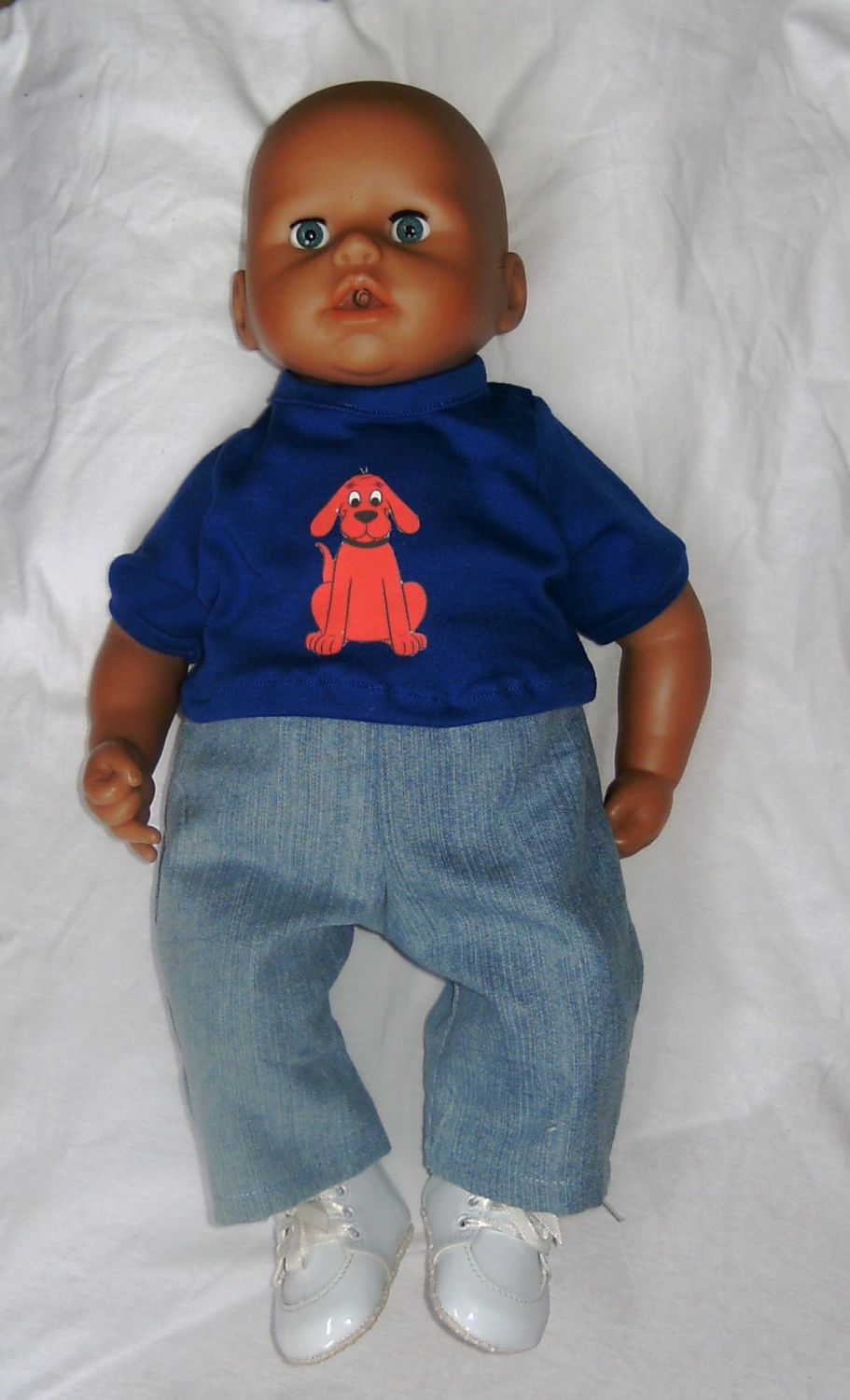 Doll's jeans and tee shirt made to fit Baby George and most 18 inch high ba