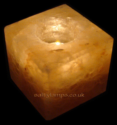 <!-- 002 -->Cube Shape Candle Holder
