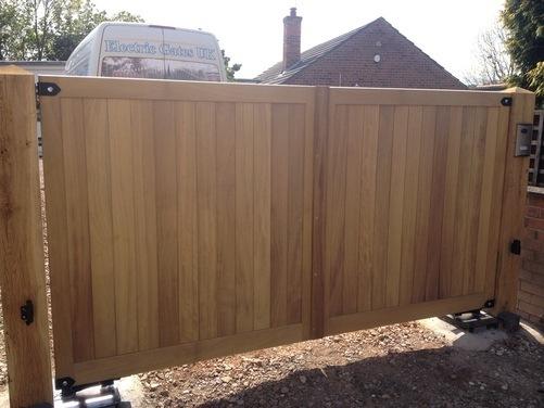 Hardwood gate 2
