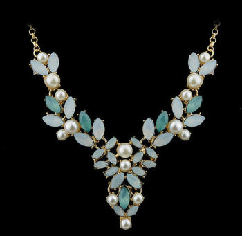 Pearl and Gold Necklace with Blue Gemstones