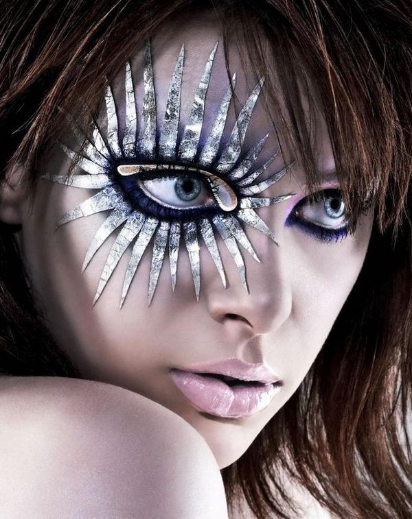 3-halloween-eye-makeup-ideas