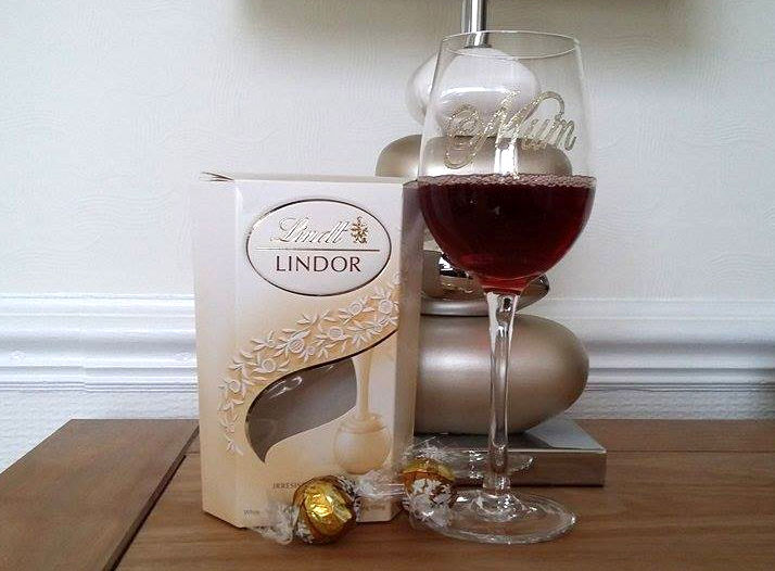 mums wine and chocolate easter treat