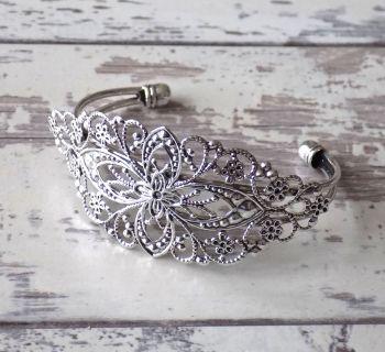 Silver cuff bracelet - vintage style