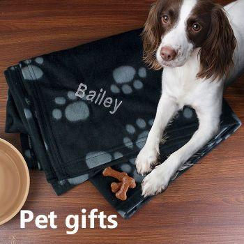 Personalised Dog Paw Print Fleece Blanket 2