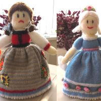 Cinderella 2 in 1 Knitted Doll