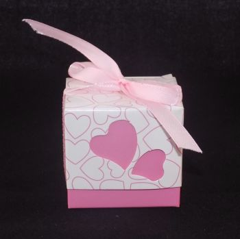 Wedding favour box in Pink