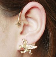 Unicorn Cuff Earring in Gold