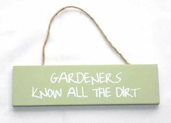 Gardeners Dirt Hanging garden wall plaque
