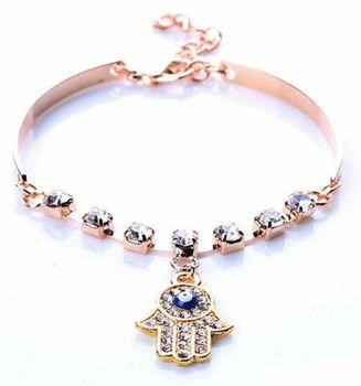 Hamsa Symbol Pendant Bracelet in Gold