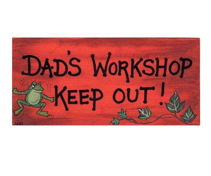 Dad's Workshop Hanging Sign