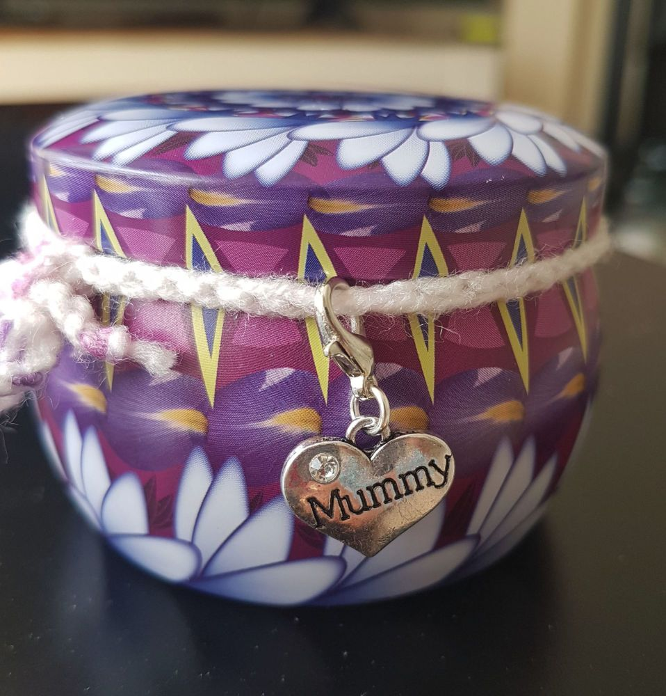 Mummy Scented Candle Tin in Pretty Purple and Pink