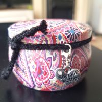 Special Mother Scented Candle in a Pretty Tin