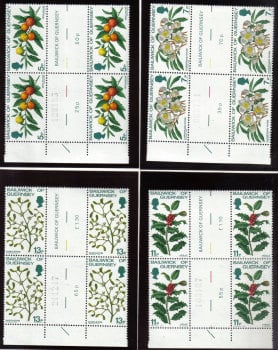 Guernsey Stamps 1978 Christmas - Blocks of 4 Gutter pairs MINT (z526)