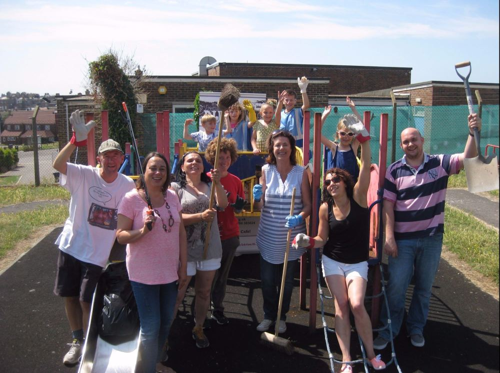 manor road clean up