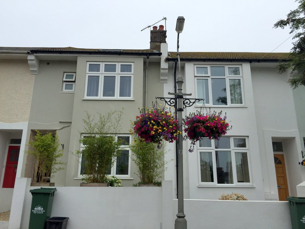 kemp town gardening group hanging basket 2015