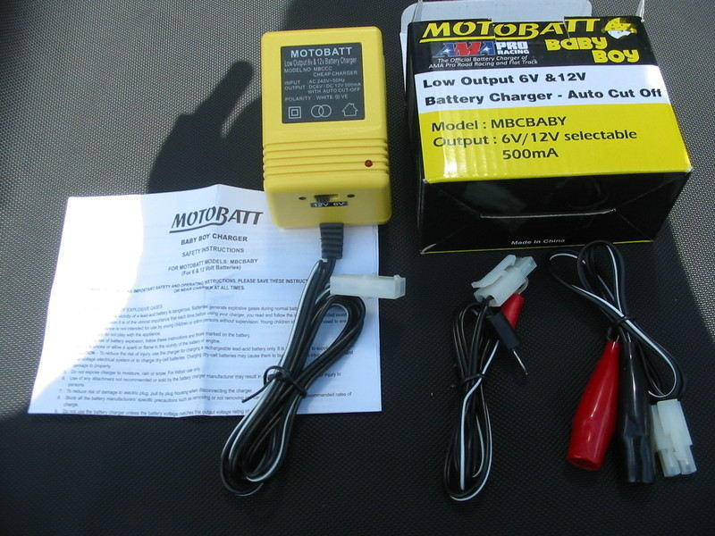 Motobat trickle charger 6/12 v