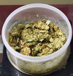 biab7 - weigh out the main boil hops