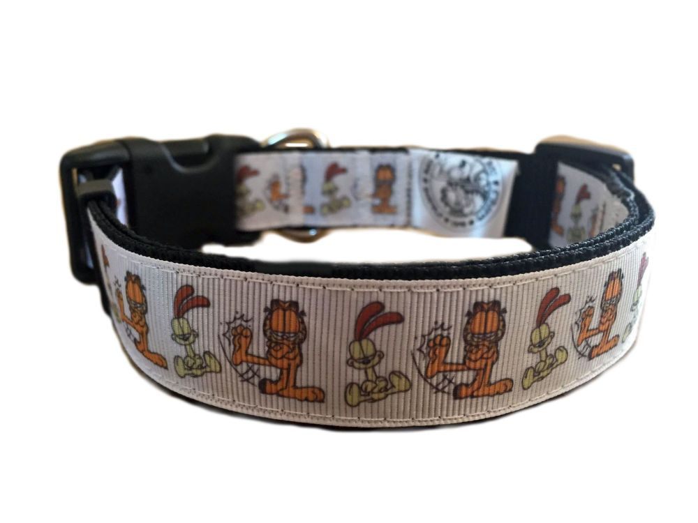Garfield And Odie Character Repeat Print Adjustable Dog Collar