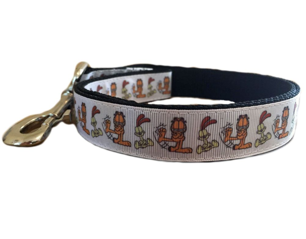 Garfield And Odie Character Repeat Print Dog Lead Leash