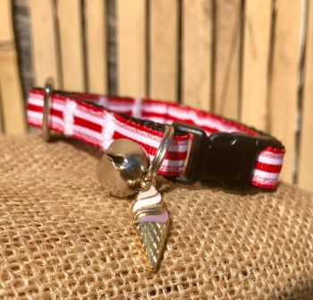 Deckchair Red And White Stripe Fun At The Fair Adjustable Cat Collar