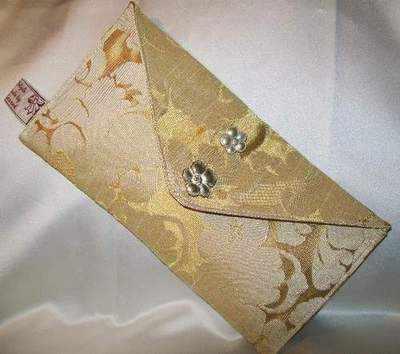Wedding Clutches