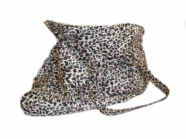 Leopard-shoulder-bag-
