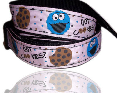 The Cookie Monster Pink Retro Print Dog Collar