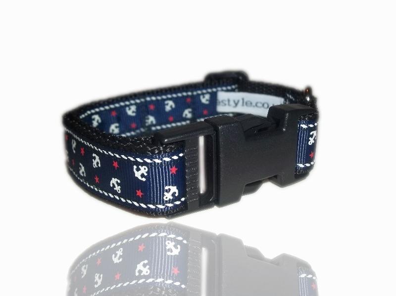 medium-nautical-blue-sailor-dog-collar