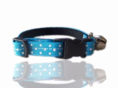 Turquoise polka cat collar