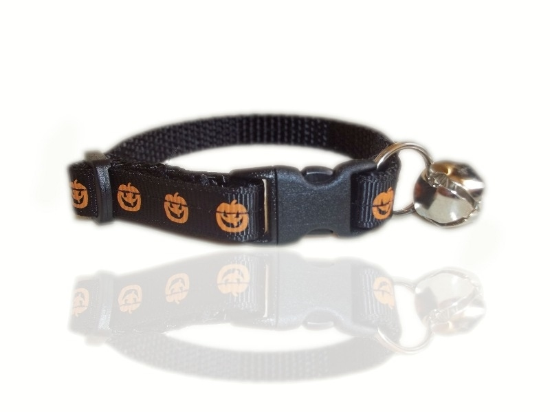 pumpkin-halloween cat-collar