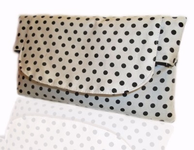 White and black polka dot clutch bag