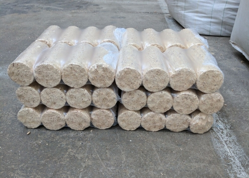 Round Softwood Logs 90kg
