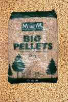 1170KG M&M ROYAL PREMIUM PELLETS (Larger lorry unless forklift available)
